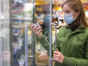 Protection adhésive anti bactérienne frigo
